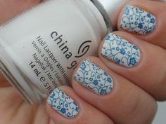 Blue china nails by Nailin' It!