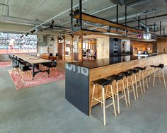 100 Best Design Warehouse Office Workspace - Page 15 of 100 Commercial Interior Design, Office Interior Design, Commercial Interiors, Office Designs, Stylish Office, Cool Office, Office Style, Office Bar, Office Canteen