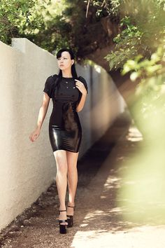 A beautiful latex high waist halterneck skirt made by our partner company Essential Latex. Buy one here: http://www.otleyrunfancydress.co.uk/latex-clothing/744-latex-high-waist-halterneck-skirt.html for only £94.99 in a range of colours and sizes. Custom made to order.