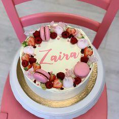 Jednoduchosť a čisté línie💕 Bratislava, Meringue, Macarons, Bakery, Birthday Cake, Fruit, Sweet, Desserts, Pink