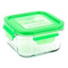 Praktisk+glassbeholder+med+silikonlokk+i+fargen+ertergrønn.+Pea.+Ingen+BPA,+ingen+PVC+og+ingen+phthlates+som+det+kan+være+i+plastbeholdere.+Glass+tåler+all+slags+type+mat.+Også+syrlig+mat+og+fet+mat.+Plast+tåler+dårlig+syrlig+og+fet+mat. Wean+Green+beholderen+Lunch+Cube+som+rommer+490+ml+er+perfekt+som+matpakkeboks,+eller+til+oppbevaring+av+mat+og+rester+i+kjøleskap+eller+fryser.+Den+er+stablebar+med+produkter+fra+samme+serie.+Perfekt+til+kjøleskapet+og+fryseren.+(det+blir+fort+nok...