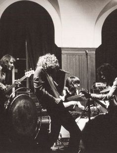 PHOTO: Led Zeppelin performing at the Cherry Tree public house in Welwyn Garden City, U. Robert Plant, Great Bands, Cool Bands, Rock N Roll, Almost Famous Quotes, Led Zeppelin Live, Houses Of The Holy, John Paul Jones, John Bonham