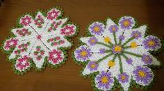 HUZUR SOKAĞI (Yaşamaya Değer Hobiler) Puff Stitch Crochet, Rugs And Mats, Doilies, Pot Holders, Diy And Crafts, Knitting, Craft, Pearls, Tejidos