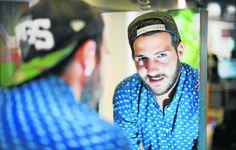 Zeitung WESTFALEN-BLATT: Bielefeld - Bielefelder Frisör will Popstar werden