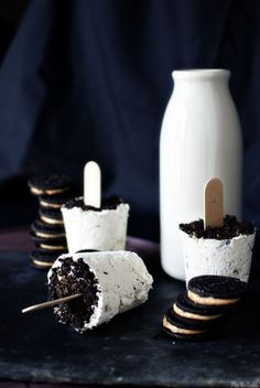 3-in-1: Peanut butter Oreo popsicles