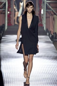 Lanvin Spring 2013 Ready-to-Wear Fashion Show - Aymeline Valade (Viva)