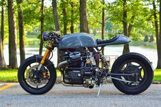 Few bikes have started life as unloved as the Honda CX500. Designed by Shiochiro Irimajari, the man behind the incredible six cylinder CBX1000, Honda billed it as 'First to the Future.' Though hoping it would [...]