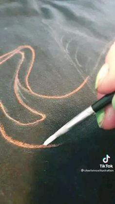 Bleach Shirt Diy, Bleach Art, Diy Shirt, Fashion Sewing, Diy Fashion, Sewing Clothes, Custom Clothes, Diy Tie Dye Designs, Bleaching Clothes