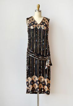flapper dress...beautiful patterning...