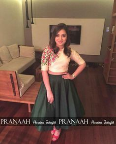 Pranaah design and Nazirya one of ma favourite cute actress. She is looking great in this