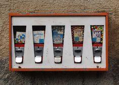 Auf Deinem Heimweg bist Du immer an diesem einen Kaugummi-Automaten vorbei gekommen.