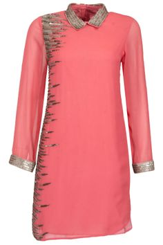 Icicle tunic BY NAMRATA JOSHIPURA. Shop now at perniaspopupshop.com #perniaspopupshop #clothes #womensfashion #love #indiandesigner #NAMRATAJOSHIPURA #happyshopping #sexy #chic #fabulous #PerniasPopUpShop #quirky #fun