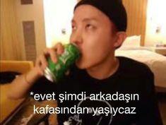 Hoseok, Comedy Pictures, Funny Expressions, Blackpink Memes, Bts Reactions, Bts Tweet, Funny Times, Wattpad, I Love Bts