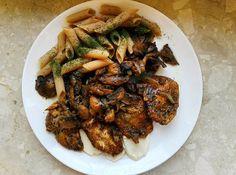 HeartInTheGym: Pierś z kurczaka w sosie pieczarkowym