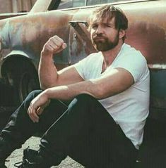 Another picture of my favorite wrestler, Dean Ambrose! Roman Reigns Dean Ambrose, Wwe Dean Ambrose, Wwe Raw And Smackdown, The Shield Wwe, Wrestling Wwe, Seth Rollins, Wwe Wrestlers, Professional Wrestling, Wwe Divas