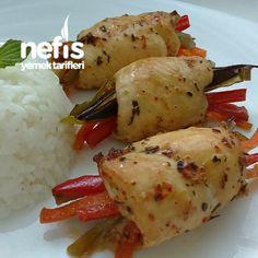 Sebzeli Tavuk Sarma Iftar, Food Design, Turkish Chicken, Turkish Recipes, Ethnic Recipes, Eid Food, Food Decoration, Chicken Recipes, Food And Drink