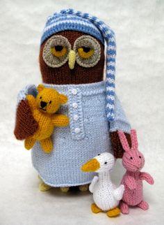 Mesmerizing Crochet an Amigurumi Rabbit Ideas. Lovely Crochet an Amigurumi Rabbit Ideas. Knitted Owl, Crochet Owls, Knitted Animals, Knit Or Crochet, Crochet Rabbit, Owl Crafts, Yarn Crafts, Owl Patterns, Crochet Patterns