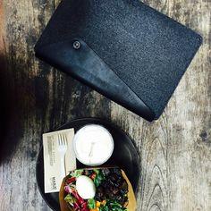Fast slow food @manafastslowfood in #hongkong - #Mujjo macbook sleeve - By co-founder @cantersnl