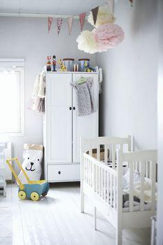 Uusi kuu: Lastenhuoneessa