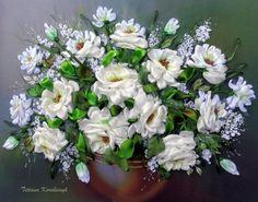 Ricamo Vaso con le rose Silk ribbon di SilkRibbonembroidery
