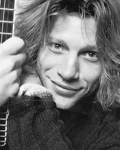 Just a book full of hot rockstars I will take any requests Jon Bon Jovi, Bon Jovi Live, Bon Jovi 80s, Bono Vox, Bon Jovi Concert, 80s Hair Metal, Bon Jovi Always, Young John, Movies And Series