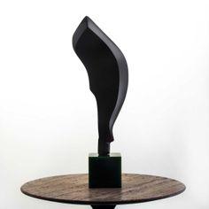 Escultura Fluir Resina Preta  | iBacana