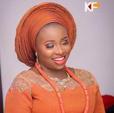 African Beauty, African Fashion, African Traditional Wedding Dress, Burnt Orange Weddings, African Wedding Attire, Yoruba Wedding, Lace Dress Styles, Nigerian Lace, African Lace