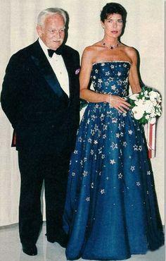 Gala Gowns, Gala Dresses, Princesa Grace Kelly, Kelly Monaco, Princesa Carolina, Estilo Real, Monaco Royal Family, Royal Dresses, Queen Dress