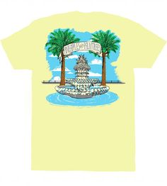 Palmtrees + Pineapples= Living the American Dream. You'll love this preppy spring tee!