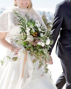 These berry wedding bouquets prove that berries pair beautifully with flowers. Get ideas for your own berry floral arrangements here. Winter Bridal Bouquets, Winter Bouquet, Winter Wedding Flowers, Bride Bouquets, Floral Wedding, Berry Wedding, Flower Bouquets, Anemone Bouquet, Snowy Wedding