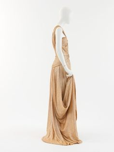 """Evening dress House of Chanel (French, founded Designer: Gabrielle """"Coco"""" Chanel (French, Saumur Paris) Date: 1934 Culture: French Medium: silk, metal Dimensions: Length at CB: 93 in. cm) Credit Line: Gift of Mlle. 1900s Fashion, Timeless Fashion, Vintage Fashion, High Fashion, Vintage Couture, Vintage Chanel, Vintage Gowns, Vintage Outfits, Coco Chanel Dresses"""
