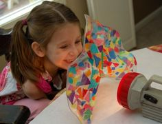 Take clear contact paper, sticky side up.put a hoop of wire down, let child add tissue paper, then fold up contact paper to attach the wire.it's a FLEXIBLE and moveable light catching sculpture! Sculpture Lessons, Sculpture Art, Sculpture Projects, Kindergarten Art, Preschool Art, Frugal Family, Contact Paper, Art Classroom, Art Plastique
