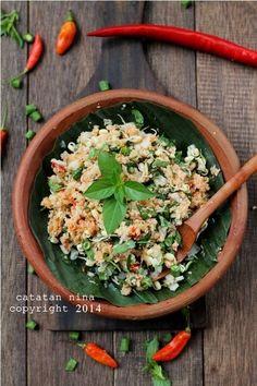 Trancam - Mix raw veggie and shredded coconut salad | Catatan Nina