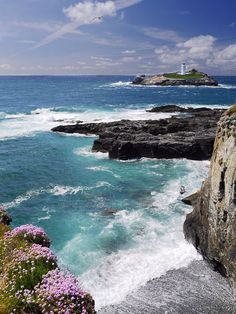 wanderthewood: Godrevy Lighthouse, St Ives Bay, Cornwall, England by Delboy1940Essex on Flickr