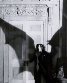 """Bat-terror before Batman. """"Ricardo Cortez in production still from D. Griffith's Faustian tale The Sorrows of Satan which was based on Marie Corelli's 1895 novel. Classic Horror Movies, Horror Films, Horror Posters, Darkside, Memes Arte, Classic Monsters, Creatures Of The Night, Gothic Horror, Vintage Horror"""