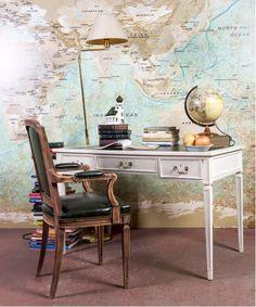 #escritorio #mesa #work #oficina #despacho #officine #zonadeestudio #vintage #mueblesvintage #homedecor #interiores #homeideas #mueblesrestaurados Vanity, Mirror, Furniture, Home Decor, Wooden Desk, Cedar Lumber, White Wood, Refurbished Furniture, House Decorations