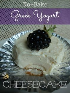 & & Cheesecake is one of my favorite desserts, but it is loaded with fat and calories. I have come up with a way to get a NO-BAKE creamy little cheesecake treat with very few calories. Healthy Desserts, Healthy Food Choices, Just Desserts, Delicious Desserts, Dessert Recipes, Yummy Food, Greek Yogurt Cheesecake, Cheesecake Desserts, Greek Yoghurt
