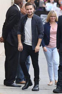 Liam arriving to Jimmy Kimmel Live! - Nov 20, 2014 #2