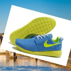 18cd14046bb1a Nike Originals Nike Roshe Run Uomini Blu Janue HOT SALE! HOT PRICE!