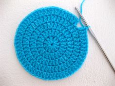 What you DON'T want: a visible join when crocheting in rounds. This tutorial shows you how to get an invisible join with crochet, using a great technique.