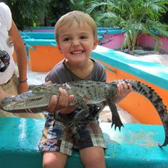 With a great smile from our little friend #CrocoCunZoo