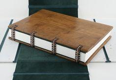 #encadernação artesanal com capa de madeira