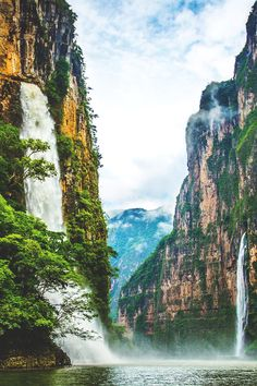 Sumidero Canyon, near San Cristobal de Las Casas, Mexico (by Travis White). A wonderful waterfall. Places Around The World, Oh The Places You'll Go, Places To Travel, Travel Destinations, Places To Visit, Around The Worlds, Belle France, Mexico Travel, Adventure Is Out There
