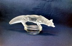 Perfect rare Reynard R.Lalique mascot, This crafty Fox is well hidden in his lair..