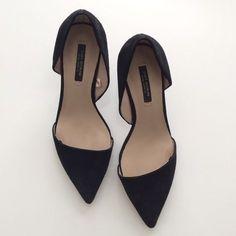 Zara Shoes - Zara Asymmetrical Heel. need to own.