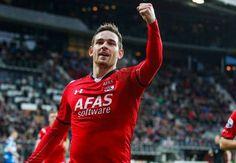 OLE777 Sports – Tottenham Hotspur akhirnya resmi meminjamkan Vincent Janssen ke klub raksasa SuperLig Turki, Fenerbahce selama satu musim ke depan.