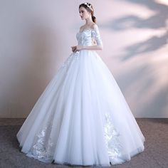 Affordable White Wedding Dresses 2018 Ball Gown Off-The-Shoulder 1/2 Sleeves Backless Embroidered Ruffle Floor-Length / Long