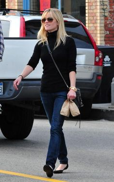 Love Reese's classic, casual style. Now can I go this short with the hair? And bangs?