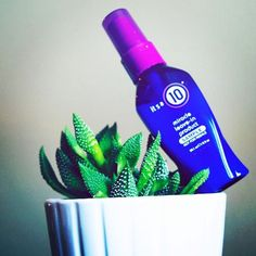 Did you know our Miracle Leave-In comes in travel sizes, too? Never leave home without your #ItsA10 again.