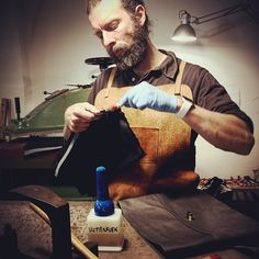 Me working on a set of shoulder leather bags ordered from my Japanese Distributor esch leather bag totally handmade in Tuscany by Leathersmith Nicola Meyer Italian vegetable tanned leather best Tuscany Leather in the world.#handmadeleather#luxuryleather#tuscanyleather#tuscanleather #madeinitaly #handmade #leather #leathersmith #tuscany #bestartisan #bestcraftsman #leatherwork #leathergoods #leathercraft #leathershop #leathergood #leatherbag #leatherbags #handmadebags #handmadebag